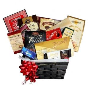 MONOPOLY® Rewards Basket II